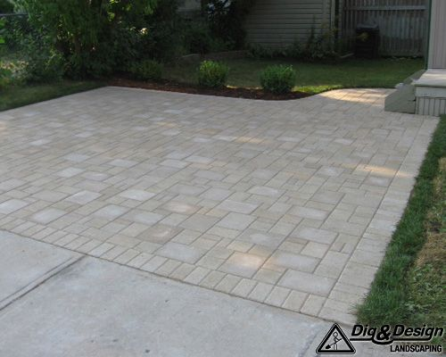 Interlock patio 8